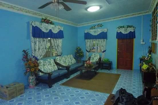 renovasi rumah sederhana 2 jadi elegan - sebelum