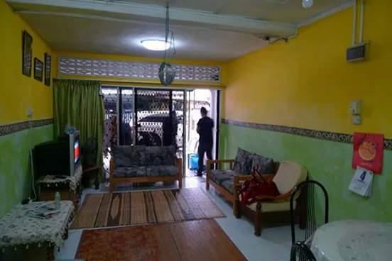 renovasi rumah sederhana 4 jadi elegan - sebelum